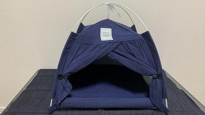 2020年8月にダイソーで500円で購入したテント型ペットハウス!