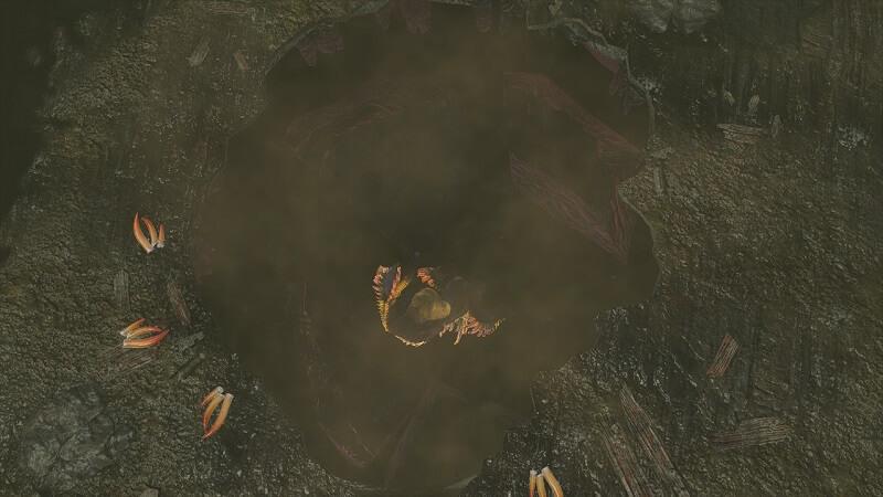 穴に落ちていく雷神龍ナルハタタヒメ