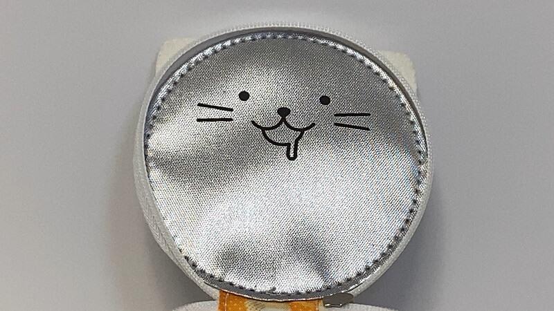 カップヌードル・ポーチ 裏フタの猫も再現されてる