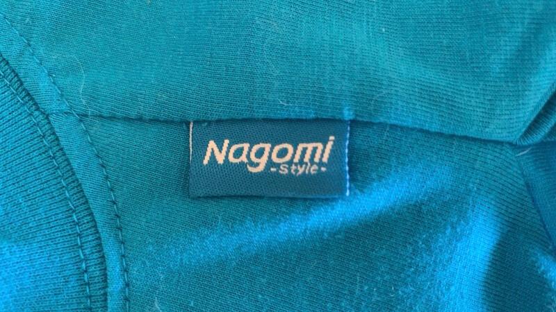PET'S REPUBLICのスタンダードTシャツ|Nagomi -Style- のタグが目印